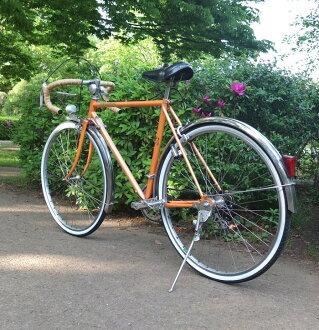 老式的标致捐助法国标致旅行自行车老美的车