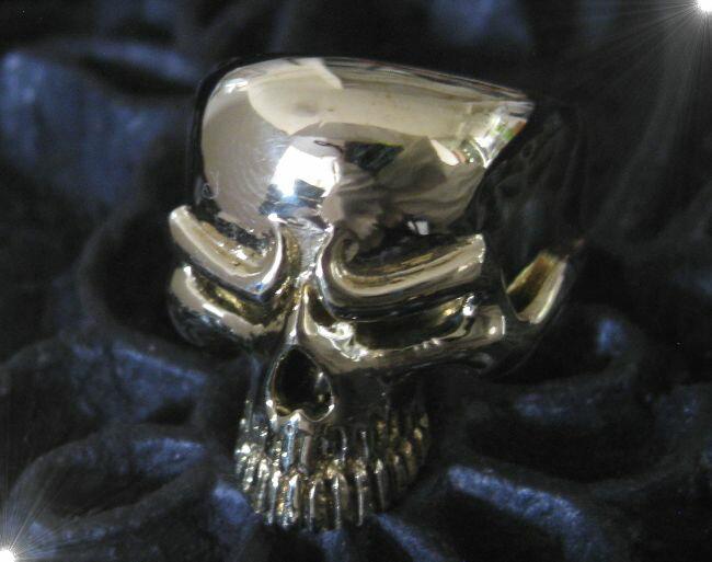 ブラススカルリング(1)11号・13号・15号・16号・17号・18号・19号・20号・21号・22号・23号・24号・25号/ドクロ指輪真鍮製【メイン】(人気商品)/(メンズ)スカル リング指輪アクセサリー(SKULL RING)送料無料!