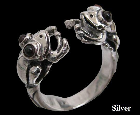 カエルの指輪(ガーネット)11号フリーサイズ 【メイン】・シルバー925・リング・指輪動物銀リング指輪 シルバー925(メンズ)/カエル 蛙 かえる リング 指輪 SILVER925 RING /送料無料!