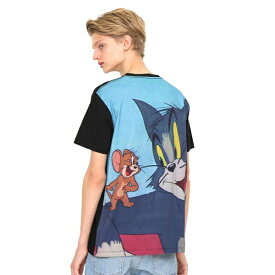 【ユニセックス】コラボレーション総柄バックTシャツ/トムアンドジェリー(トムとジェリー)/グラニフ(graniph)