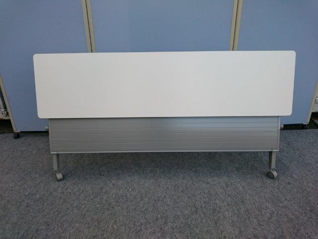 イトーキ W1800×D450×H700 折り畳み式テーブル 棚無し【中古品】