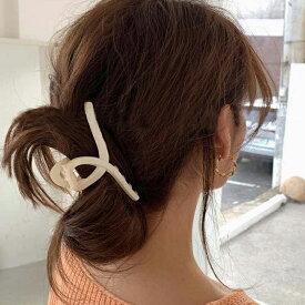 【ループデザインヘアクリップ】 韓国風 ループバンスクリップ 髪留め へあくりっぷ ヘアピン バンスクリップ かみどめ クリップ 髪 クリップ かみどめ ヘアアレンジ ヘアアクセ ポニーテール 可愛い ヘアアクセサリー シンプル おしゃれ 韓国 HC20_005