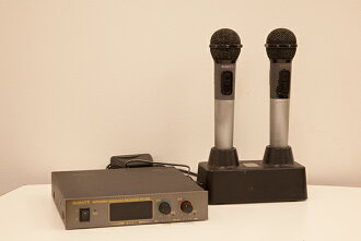 BeMax infrared wireless microphone set RV700 RM700