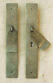 ドアノッカー鍵穴付(1ヶ) ガーデンアクセサリー オーナメント オブジェ インテリア 雑貨 アンティーク おしゃれ