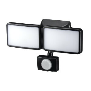 【送料無料】ヤザワ LEDセンサーライト ACコンセント式 防雨・調光タイプ 6W×2灯 リモコン付 SLR6LEA2 センサーライト 屋外 人感 LED