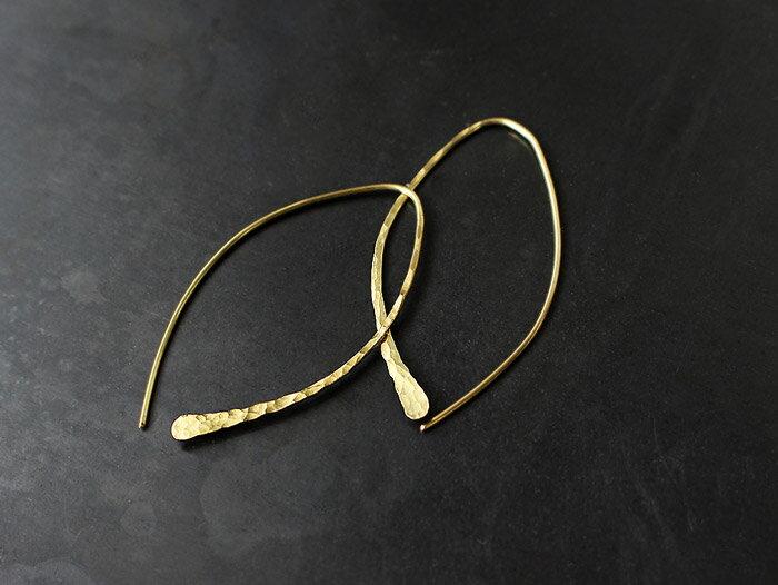 ro-ji kuni ピアス フック BP117(L) 真鍮の繊細なゆらぎを楽しむシンプルなピアス