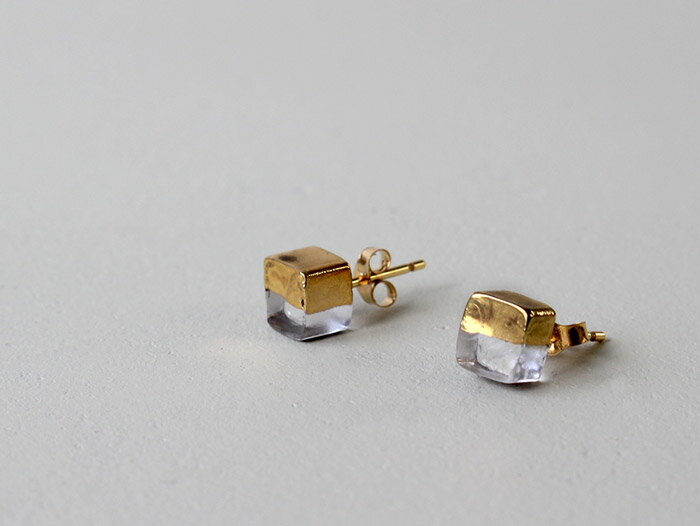 sorte glass jewelry ピアス SGJ-003P ガラスと金の繊細な組み合わせを楽しむピアス
