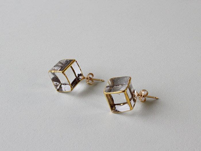 sorte glass jewelry ピアス SGJ-006P ガラスと金の繊細な組み合わせを楽しむピアス