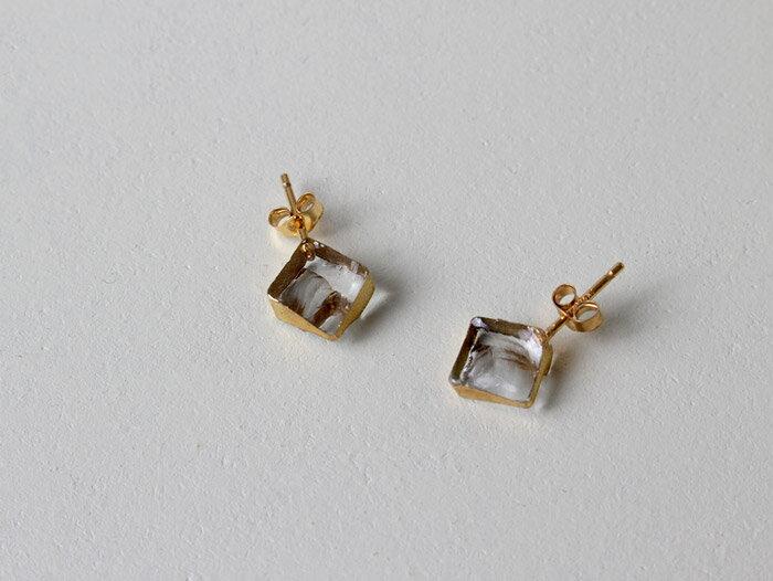sorte glass jewelry ピアス SGJ-009P ガラスと金の繊細な組み合わせを楽しむピアス