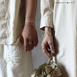 レディースバングル『イエルトウェーブバングルチェーン』ブレスレットメンズゴールド日本製腕輪波型真鍮ユニセックス軽量カジュアルブラスギフト大人マットゴールドウェーブラインアデペシュ2019aw『予約受付中』