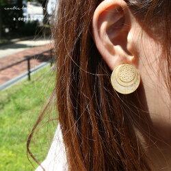 アンフォルドイヤリングレイヤーラウンド『イヤリングラウンド丸真鍮模様goldゴールド大人女子きれいめカジュアルウィメンズおしゃれ日本製』