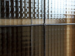 『クリアランスセール10%オフ』カデルスライドガラスローボード1200cadealslideglasslowboard1200食器棚にも、書棚にもできるシンプルな日本製キャビネット『予約受付中』