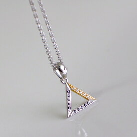 mouchu (マウチュ)  Triangle Necklace ネックレス