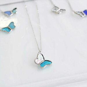 ステンドグラスのネックレス【小さな蝶々】 母の日 ブルー オリジナル デザイン プレゼント ギフト ステンドグラス アクセサリー ガラス ハンドメイド 国産