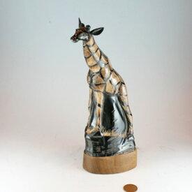 【水牛の角・キリン置物タイプB】彫刻置物・麒麟【送料無料商品】