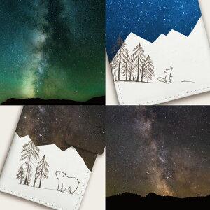 iPhone手帳型ケース「動物植物星空しろくまキツネ宇宙クリスマス冬雪」細かいディテール
