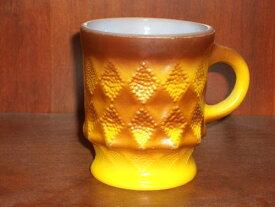 ■アンカーホッキング(ファイヤーキング)■キンバリーマグカップ■茶・黄■1977年以降製造■C-110