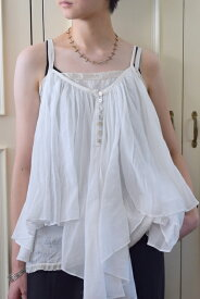 suzuki takayuki(スズキタカユキ)/camisole blouse(2色展開)