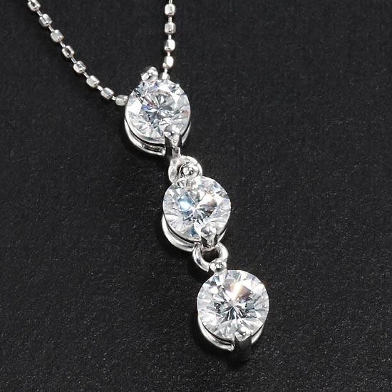 トリロジー 最高峰Dカラー 1カラットPt ダイヤモンド スリーストーン ネックレス/送料無料