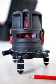 レーザー墨出し器 プロライナー2V バッテリー仕様 受光器(別売りLR60)対応 高輝度 2V1HD 大矩 地墨 レーザーレベル 水平器 測定器 オートラインレーザー レーザーライン 自動補正 小型 墨出しレーザー 墨出し機 レーザー水平器 送料無料 あす楽