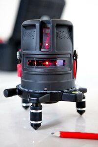 レーザー墨出し器 プロライナー2V バッテリー仕様 受光器(別売りLR60)対応 高輝度 2V1HD 大矩 地墨 レーザーレベル 水平器 測定器 オートラインレーザー レーザーライン 自動補正 小型 墨出