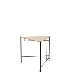 サンカクテーブル