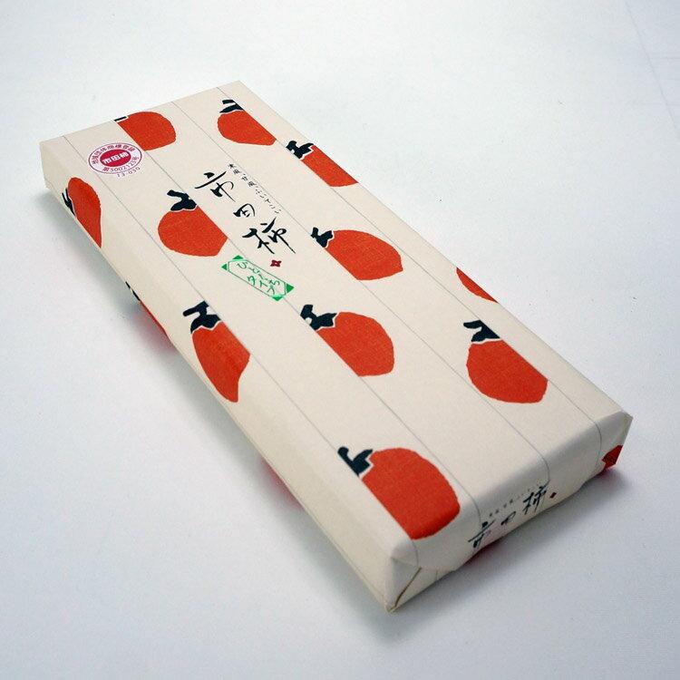 「市田柿ひとくちタイプ 8個入」は長野県南部の伝統的スイーツ【市田柿】のヘタと種を取り除き、食べやすい一口サイズにしました。お茶請けや手土産に。 市田柿 干し柿 長野 信州