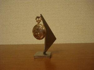 誕生日プレゼントに 懐中時計スタンド KD786
