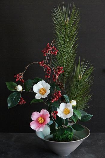 江戸椿×子宝松 和風スタイル(造花)
