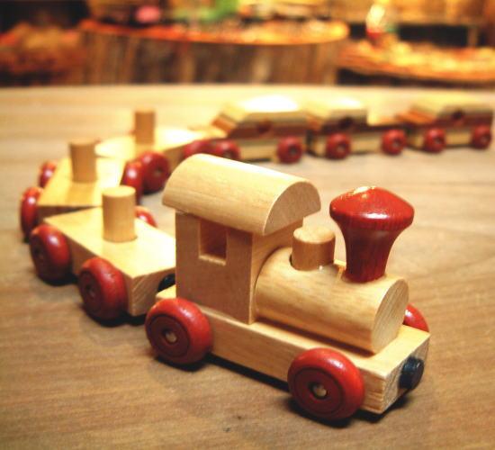 木製おもちゃ 磁石付き連結 汽車ポッポ  玩具 きしゃ マグネット 木のおもちゃ ウッド トイ プレゼント ギフト