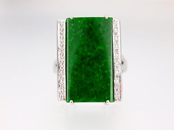 【天然翡翠】天然ひすいダイヤリングプラチナ Pt900 天然翡翠H5.72ct 天然ダイヤモンドD0.13ct【中古】【美品】【新品仕上げ】