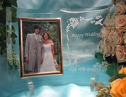 写真立て(縦)【選べるデザイン20以上!】名入れ 結婚式 ベビー記念品 誕生祝い ガラス フォトフレーム 写真たて 足形 手形 両親へのプレゼント 両親 プレゼント