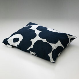メール便可275円 マリメッコ ピローケース 枕カバー 50×70cm Unikko ウニッコ ホワイト×ダークブルー 070522 851