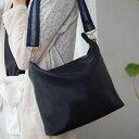 |1413 ホリゾンタルポシェット Mサイズ レザー製 革製 日本製 レディース バッグ サコッシュ 大人かわいい 軽量