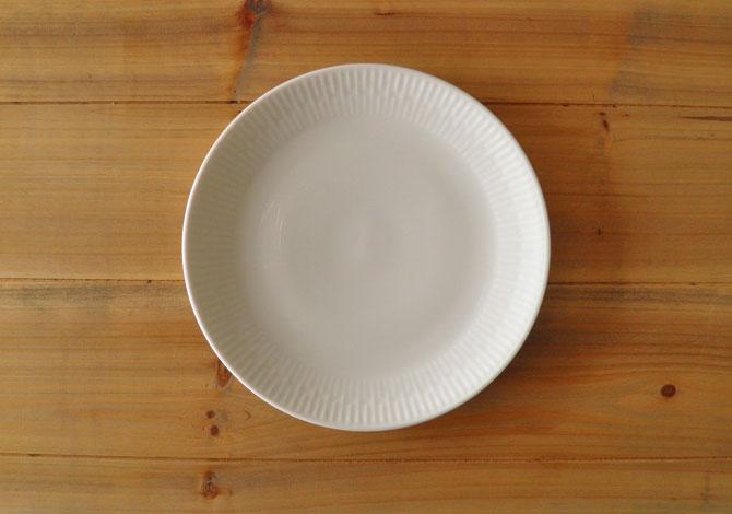 アイーダ レリエーフ デザートプレート20cm北欧の白いシンプルなテーブルウェア電子レンジOK!食洗器OK!【送料無料】【あす楽】