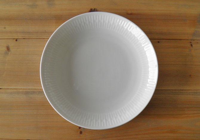 アイーダ レリエーフ スープ・パスタ・カレー皿22cm北欧の白いシンプルなテーブルウェア電子レンジOK!食洗器OK!【送料無料】【あす楽】