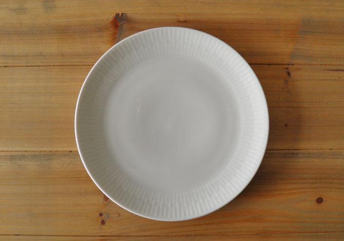 アイーダ レリエーフ ランチプレート22cm北欧の白いシンプルなテーブルウェア電子レンジOK!食洗器OK!【送料無料】【あす楽】