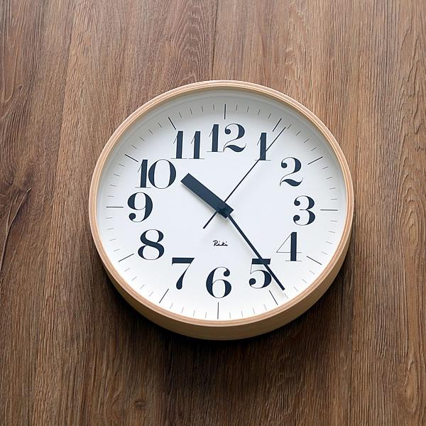 タカタレムノス 掛け時計 電波時計 北欧 電波 リキクロック 直径25.4cm おしゃれ レムノス 渡辺力 riki lemnos 電波 かわいい 子供部屋 子供 キッチン リビング 書斎 日本製 時計 壁掛け 電波