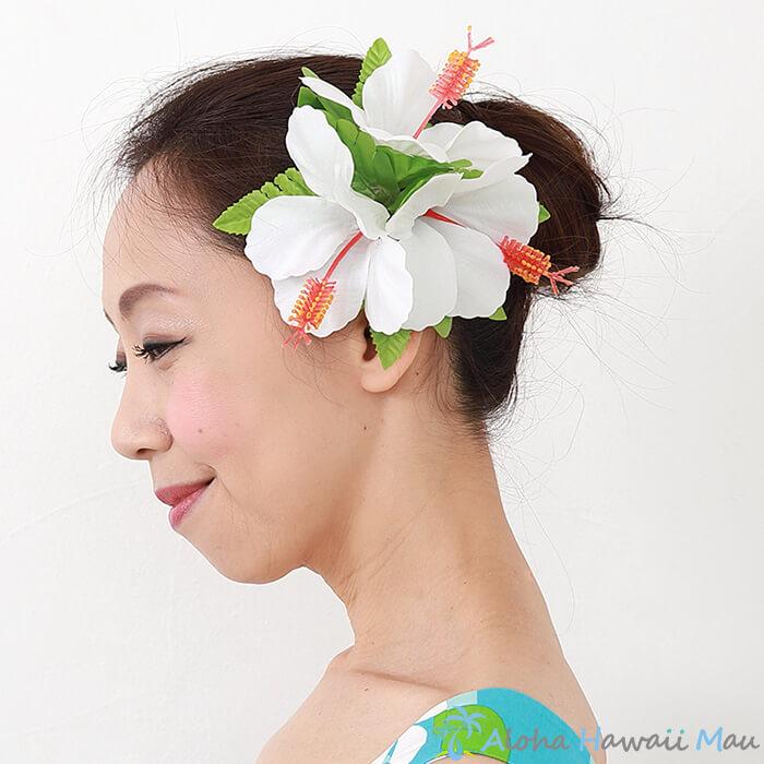 フラダンス 髪飾り ハイビスカス髪飾り ホワイト ハイビスカスヘアクリップ 造花 白 髪飾り 白のハイビスカス ハワイ ハワイ 結婚式 リゾートウエディング 発表会 ヘアクリップ 花