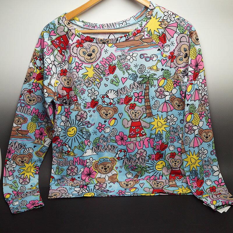ハワイ限定!AULANI(アウラニ)ダッフィー ロングTシャツ一枚生地を断裁しているので、柄の出は一つ一つ微妙に違います。ストレッチ性のある生地です!※女性用アメリカ ユースサイズですので、ご注意ください。要サイズ確認!