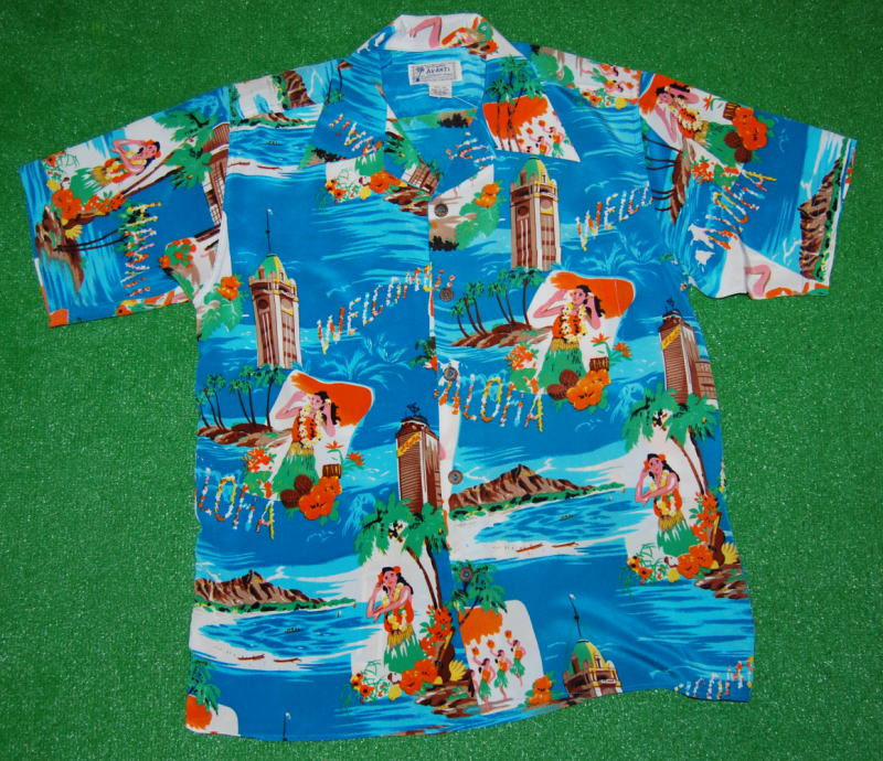 アロハシャツ|AVANTI SILK(アヴァンティ シルク)|A1093BLU|半袖|メンズ|スカイブルー(水色)|フラガール|ダイヤモンドヘッド|アロハタワー|リゾート|ハワイ|旅行|ヴィンテージレプリカ|シルク100%|開襟(オープンカラー)|送料無料商品