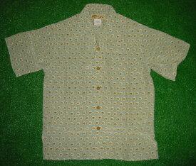 半袖アロハシャツ LALAKAI(ララカイ) IT003S サックスブルー(水色) メンズ 和柄(古銭・小紋) シルク100% 開襟(オープンカラー) 1万円以上で送料無料