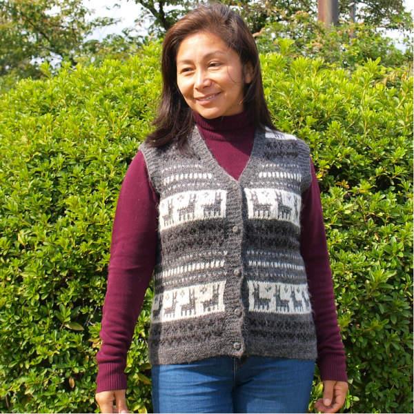 (送料無料)手紡ぎアルパカ100%の高級手編みベスト/アンデスの素敵なデザインが魅力/レディース/選べる4色/暖かい