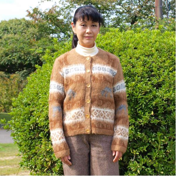 (送料無料)手紡ぎアルパカ100%の高級手編みカーディガン/可愛いアルパカ柄のデザインが魅力/レディース/選べる3色/暖かい