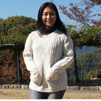 手紡ぎアルパカ100%の高級セーター白