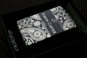デザイナーZIPPO サイモンカーター ペイズリー柄 ブラック シルバー ジッポ ライター/人気/奇麗/おしゃれ/ブランド/売れ筋/おすすめ/カジュアル 黒 銀 かっこいい かわいい