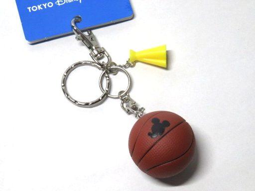 ディズニーリゾート限定 ミッキーのバスケ キーホルダー