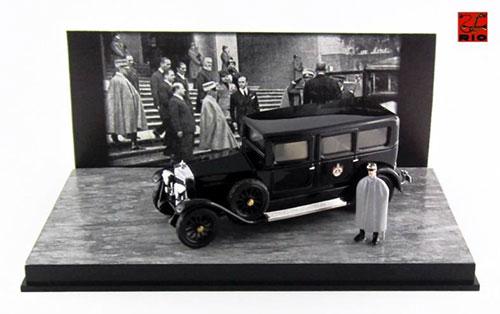 1/43 フィアット 519 S リムジン 1929イタリア国王 ヴィットーリオ・エマヌエーレ3世 *フィギュア付属[RIO(リオ)]《取り寄せ※暫定》