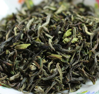 It is 100 g of first flash highest grade イラムシャングリラ no pesticides post-mailing service for Nepalese tea 2,018 years
