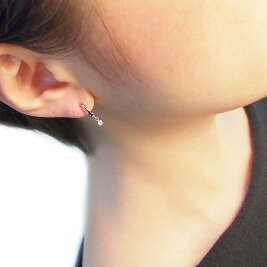 【30日まで!クーポンご利用で全品5%OFF♪】ピアスみたいなイヤリングK14WGダイヤモンドピアリング(0.08ct)H&Cぶらさがり